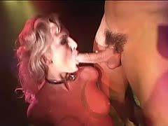 Amateurin beim BDSM Sex